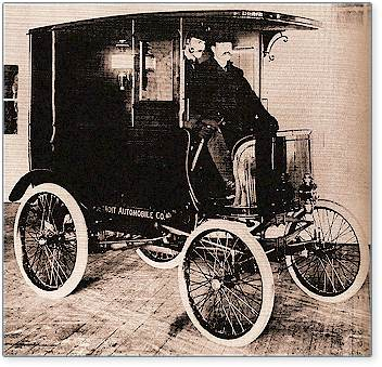 The first product of the Detroit Automobile Company, a delivery wagon, was completed in January 1900